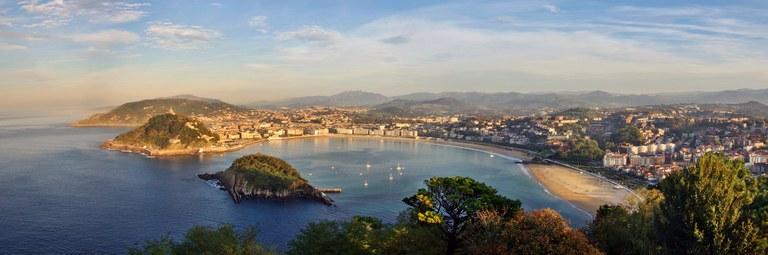 San_Sebastian_Bay_Panorama.jpg